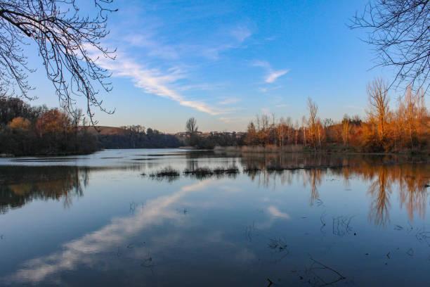 lac - lac mirror lake photos et images de collection