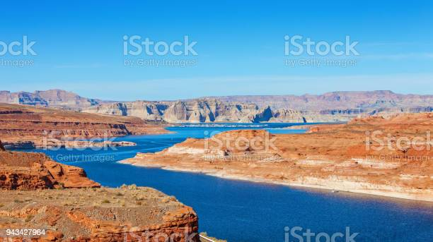 Lake Powell On The Border Between Utah And Arizona United States Stock Photo - Download Image Now