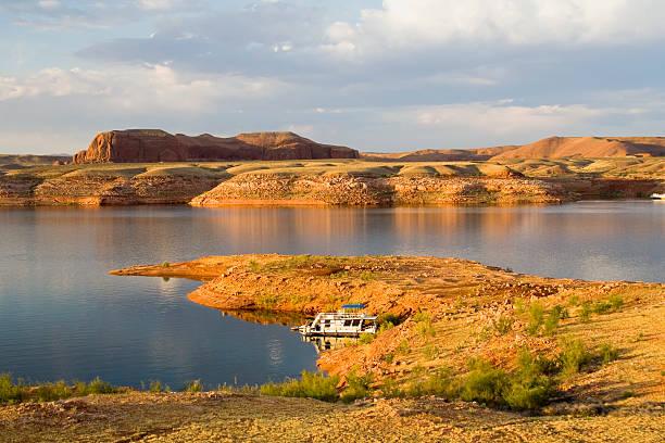 Lake Powell Halbinsel bei Sonnenaufgang – Foto