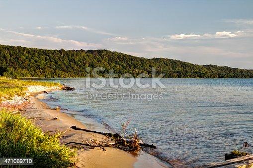 136169151istockphoto Lake Superior Coastal Beach 471069710