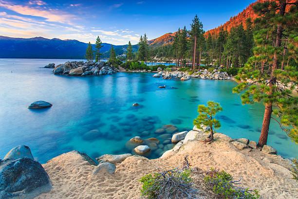 jezioro tahoe - wybrzeże północno zachodnie pacyfiku zdjęcia i obrazy z banku zdjęć
