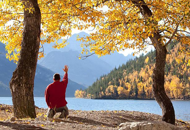 lakeside-gottesdienst - gott sei dank stock-fotos und bilder