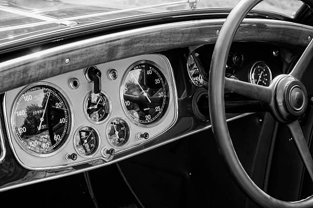 Lancia Astura tableau de bord - Photo