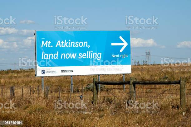 Land selling at mount atkinson commercial sign picture id1061745454?b=1&k=6&m=1061745454&s=612x612&h=rkv04yz3ocupba50byso3zpz0gw  ufy3ub1gzwqw24=