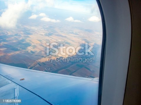 1058205304 istock photo Landing at Venice airport 1180578399