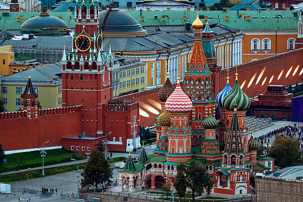 Landmarks of Moscow Kremlin Ntational landmarks of Moscow: St. Basil's Cathedral, Spasskaya Tower, Lenin's mausoleum, Red Square, Kremlin Wall kremlin stock pictures, royalty-free photos & images