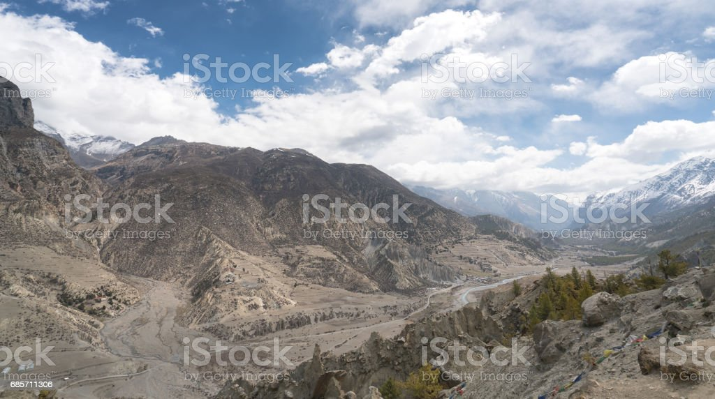 Landscape in Annapurna circuit,trekking in Nepal royalty-free 스톡 사진