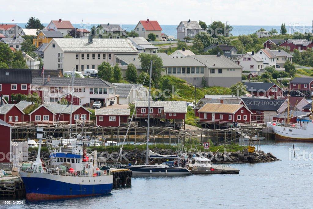 landscape in Reine village in Norway - Zbiór zdjęć royalty-free (Architektura)