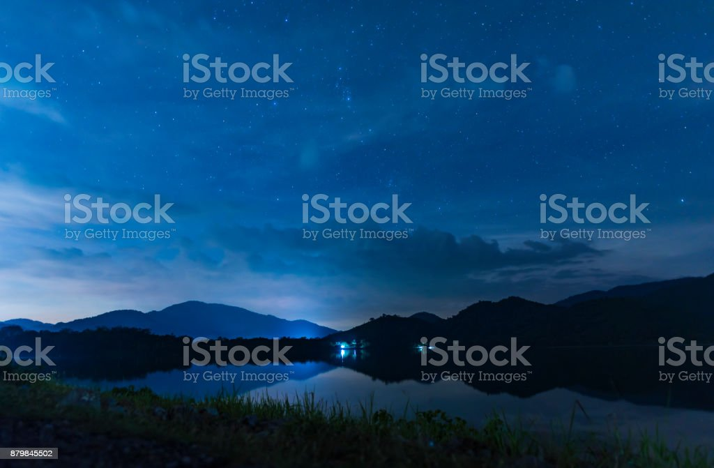 landscape night sky over the lake foto stock royalty-free