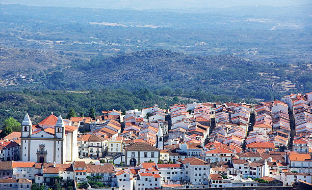 panorama do castelo de vide village, norte da região alentejo - portalegre imagens e fotografias de stock