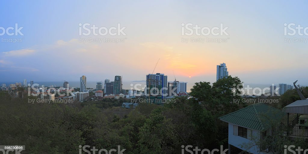 Landscape of pattaya city tourism on the evening in summer. foto royalty-free