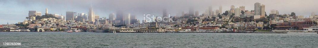 istock Landscape of San Francisco 1290263096