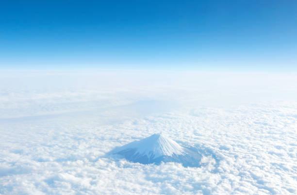 富士山の晴天の風景 - 富士山 ストックフォトと画像