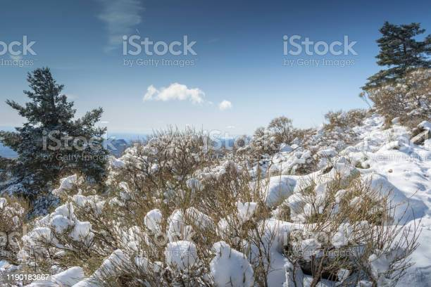 Landscape of the sierra de guadarrama of madrid snowy autumn picture id1190183667?b=1&k=6&m=1190183667&s=612x612&h=ho0yevlliquculjkqnfryh3q36wsan8dgyfpnmpxlqg=