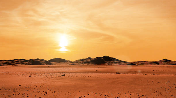 landschaft auf dem planeten mars bei sonnenaufgang, wüste mit bergkette auf dem roten planeten - wüstenarten stock-fotos und bilder