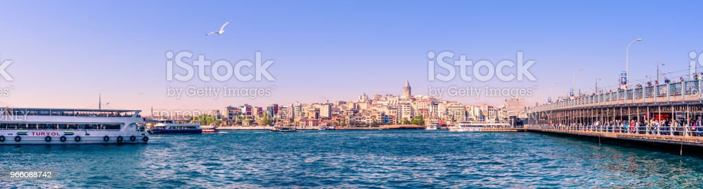 Landscape panoramic view of Galata Tower - Стоковые фото Ангел роялти-фри