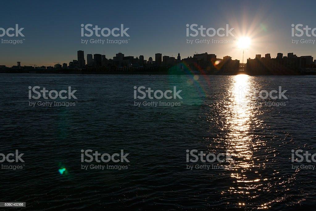 Vista de la ciudad, paisaje de la ciudad de Montreal en otoño día soleado foto de stock libre de derechos