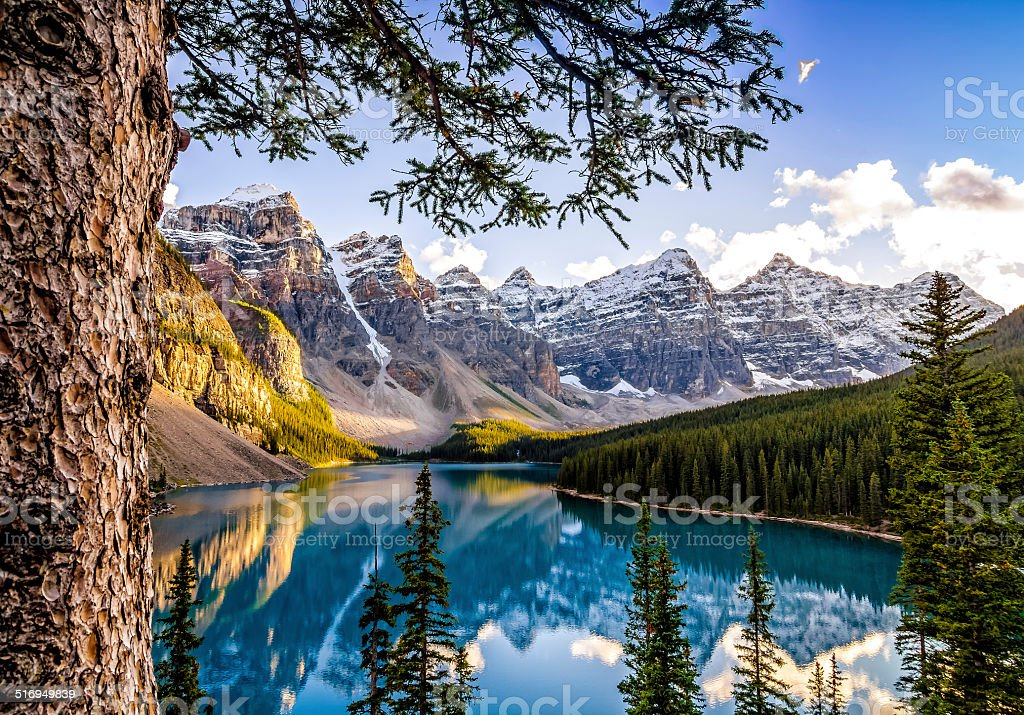 Landscape view of Morain lake and mountain range, Alberta, Canad stock photo