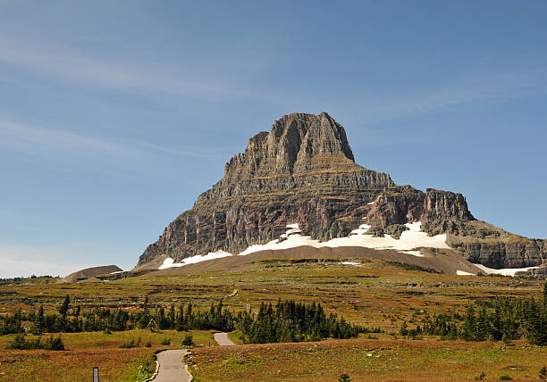landscape with hiking trail near the logan pass - going to the sun road stock pictures, royalty-free photos & images