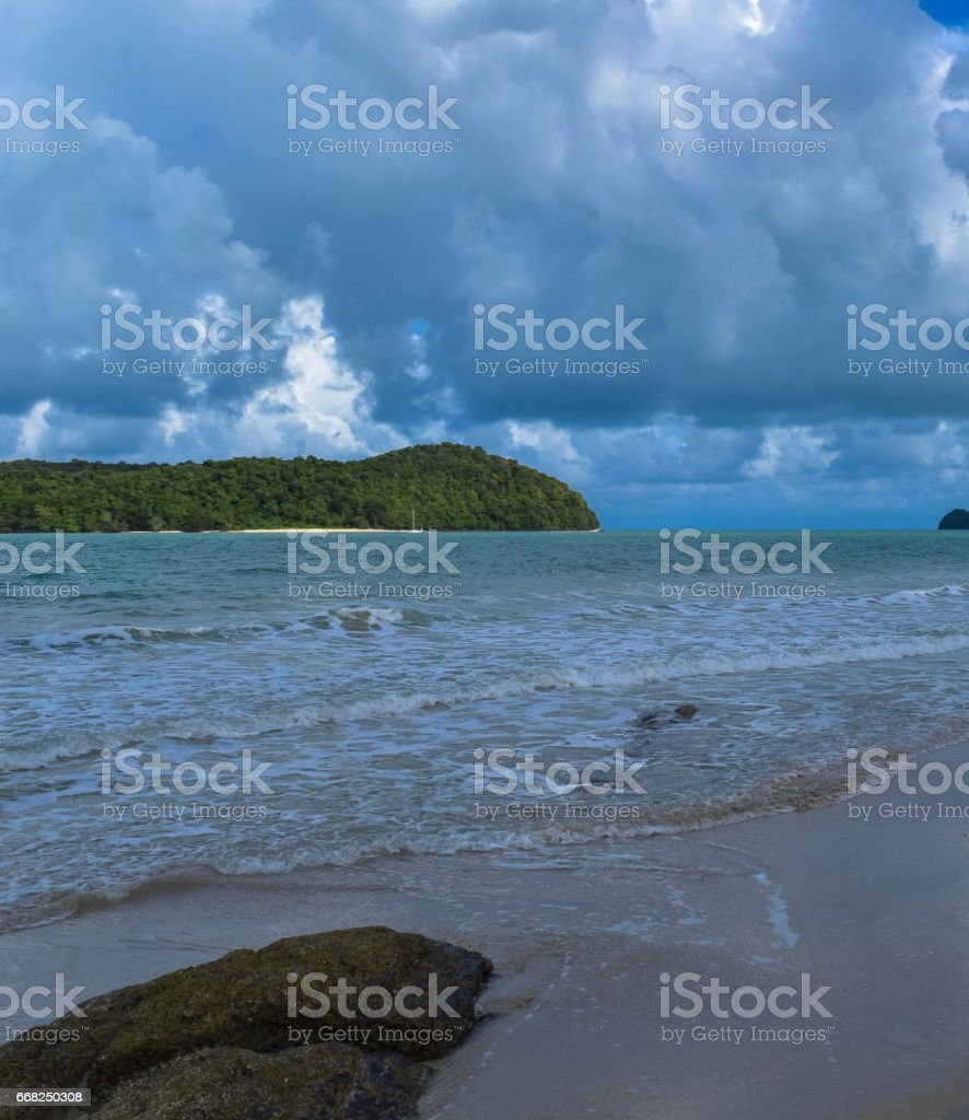 Langkawi island beach. Jewel of Kedah. Strait of Malacca. Nature of Malaysia foto stock royalty-free