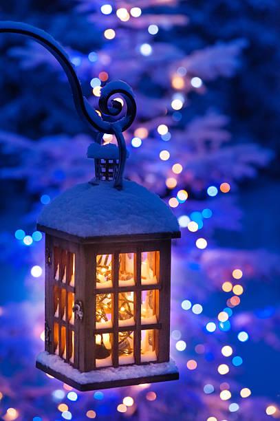 lantern with christmas lights - kerzenlaterne stock-fotos und bilder