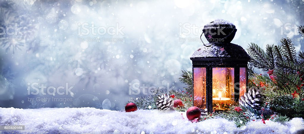 Lantern With Fir Branches On Snow – Foto