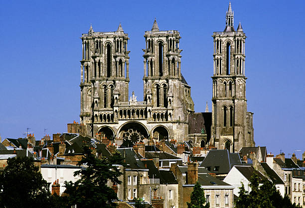 laon laon cathedral france aisne stock pictures, royalty-free photos & images