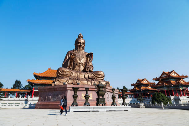 Laozi statue in yuanxuan taoist temple guangzhou Laozi statue in yuanxuan taoist temple guangzhou, China taoism stock pictures, royalty-free photos & images