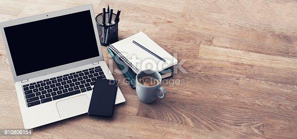 Responsive design laptop header