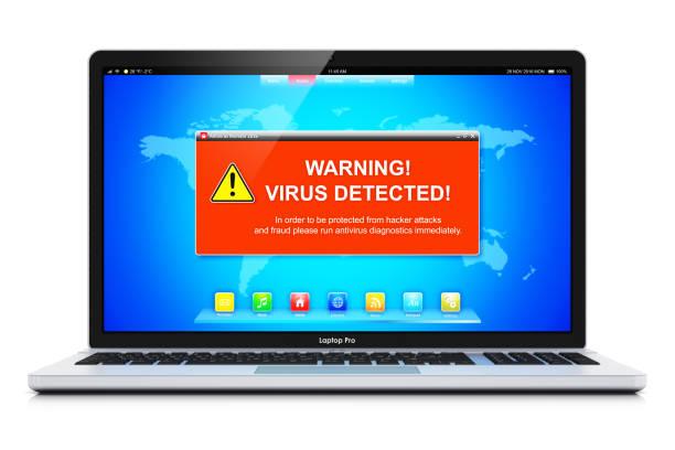 laptop mit virus angriff warnmeldung auf dem bildschirm - fehlermeldung stock-fotos und bilder