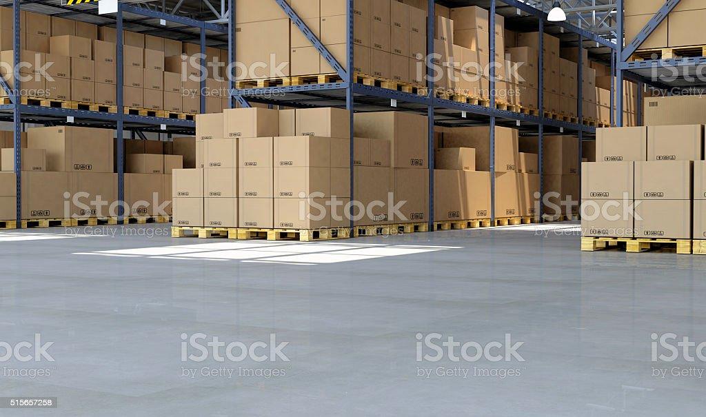 Un grand nombre de boîtes de carton à l'intérieur de l'entrepôt de distribution sur palettes - Photo
