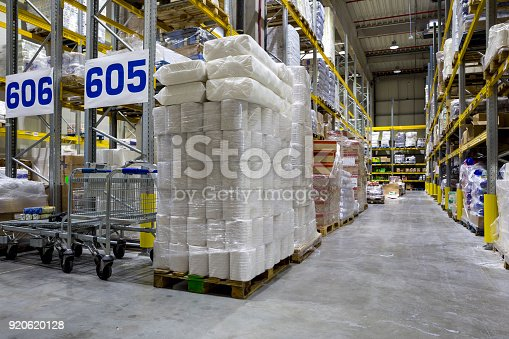 istock Large and modern warehouse 920620128