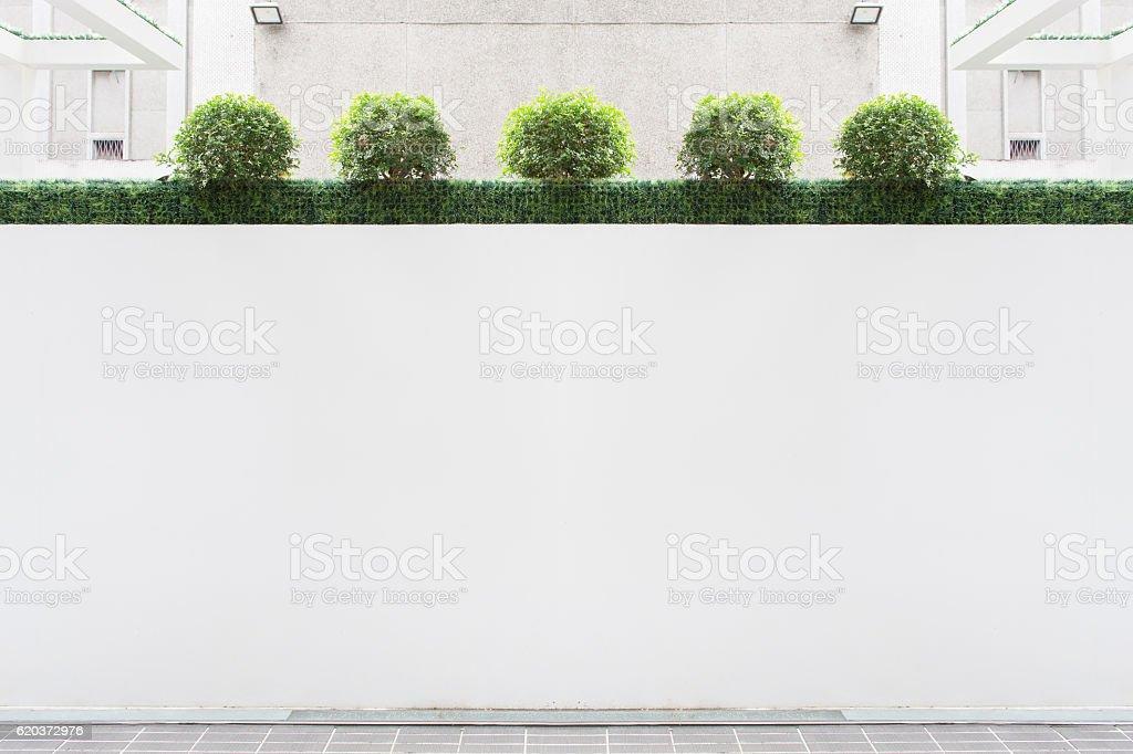 Grande branco outdoor na rua parede foto de stock royalty-free