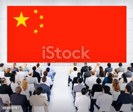 833314292 istock photo Large Business Presentation with Flag of China 493319781
