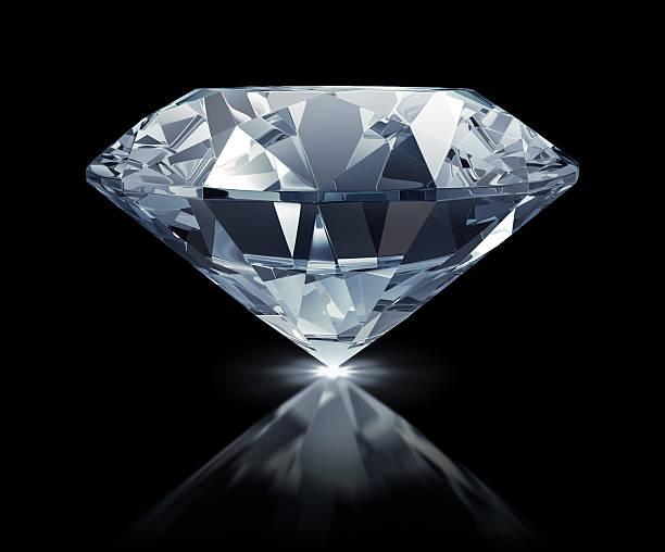 Große klare Diamanten auf schwarzem Hintergrund – Foto