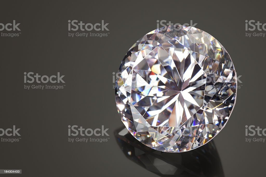 478ba25f Large Diamond On Black Reflective Surface Stock Photo - Download ...