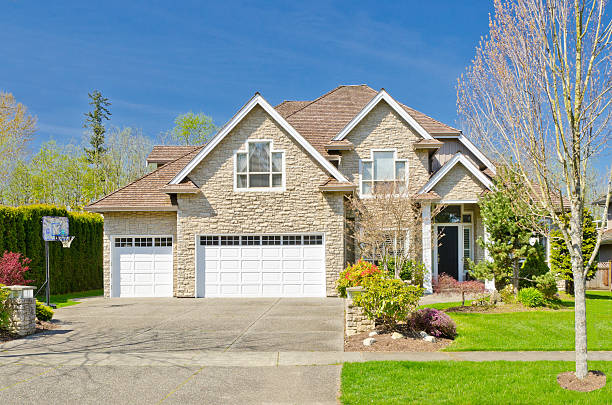 A large family home with garden and double garage