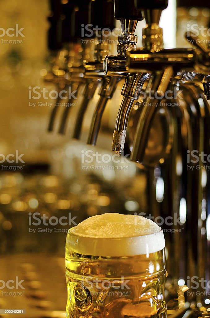 Large glass tankard of draught beer - Royalty-free Alcohol Stock Photo