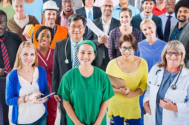 Grand groupe de personnes de diverses professions différentes - Photo