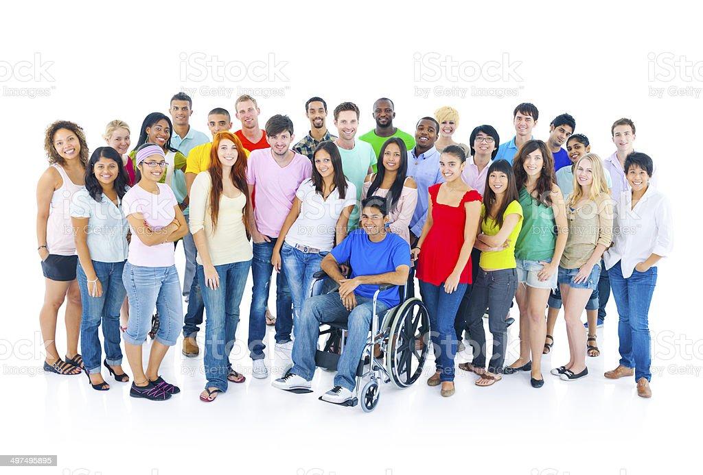 Große Gruppe von unterschiedlichen Studenten – Foto