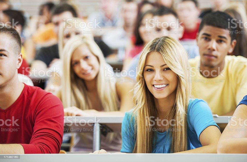 Große Gruppe von Schülern. Lizenzfreies stock-foto