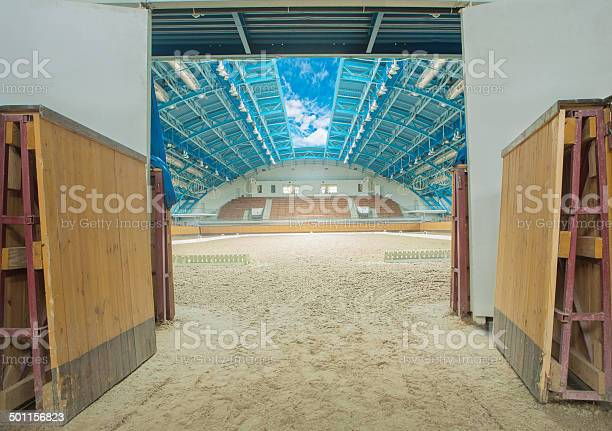 Large horse arena interior with open sky picture id501156823?b=1&k=6&m=501156823&s=612x612&h=8lx7dt hccu227pt5bnunmkaja jujzrxvmclfr 0 q=