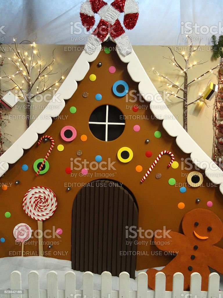 large life size gingerbread house model gingerbread man christmas decorations winter
