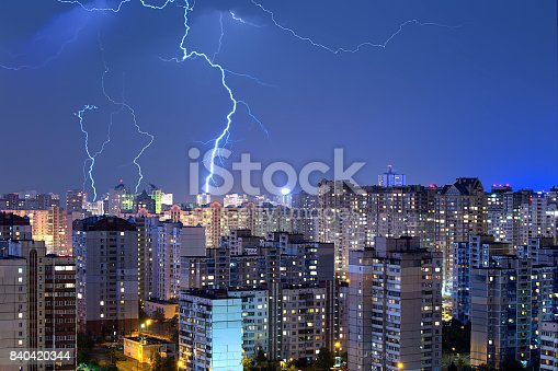 istock Large lightning bolts above the city. 840420344