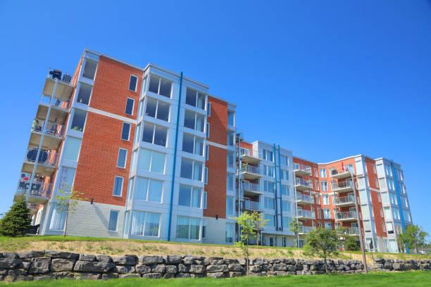 Großer Multi-Condos-Baublock – Foto