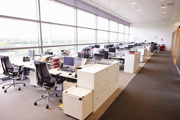 Large open plan office interior without people Large open plan office interior without people downsizing unemployment stock pictures, royalty-free photos & images