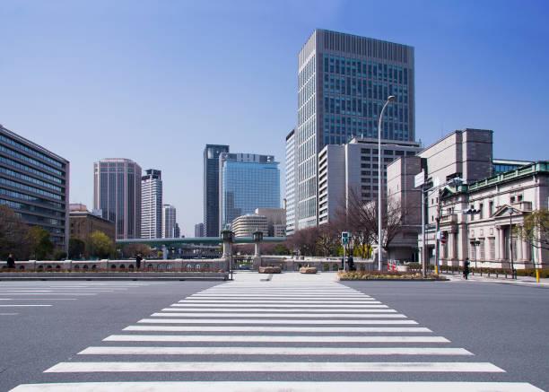 大阪の大型横断歩道(日本) - 日本 街並み ストックフォトと画像