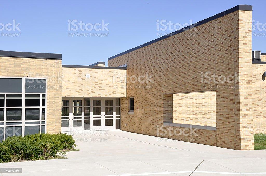 Große Gehweg von school-Gebäude – Foto