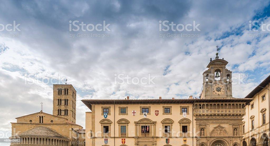 Grande square nel centro di Arezzo - foto stock