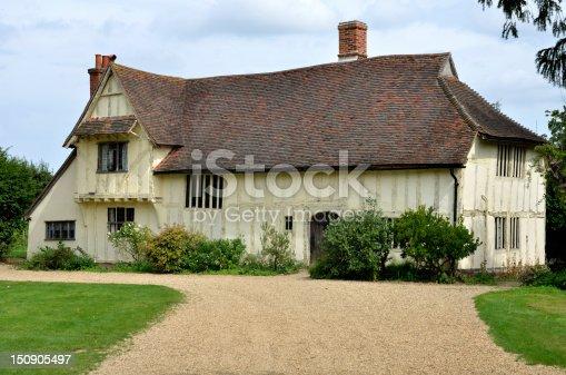 istock Large Tudor farmhouse 150905497